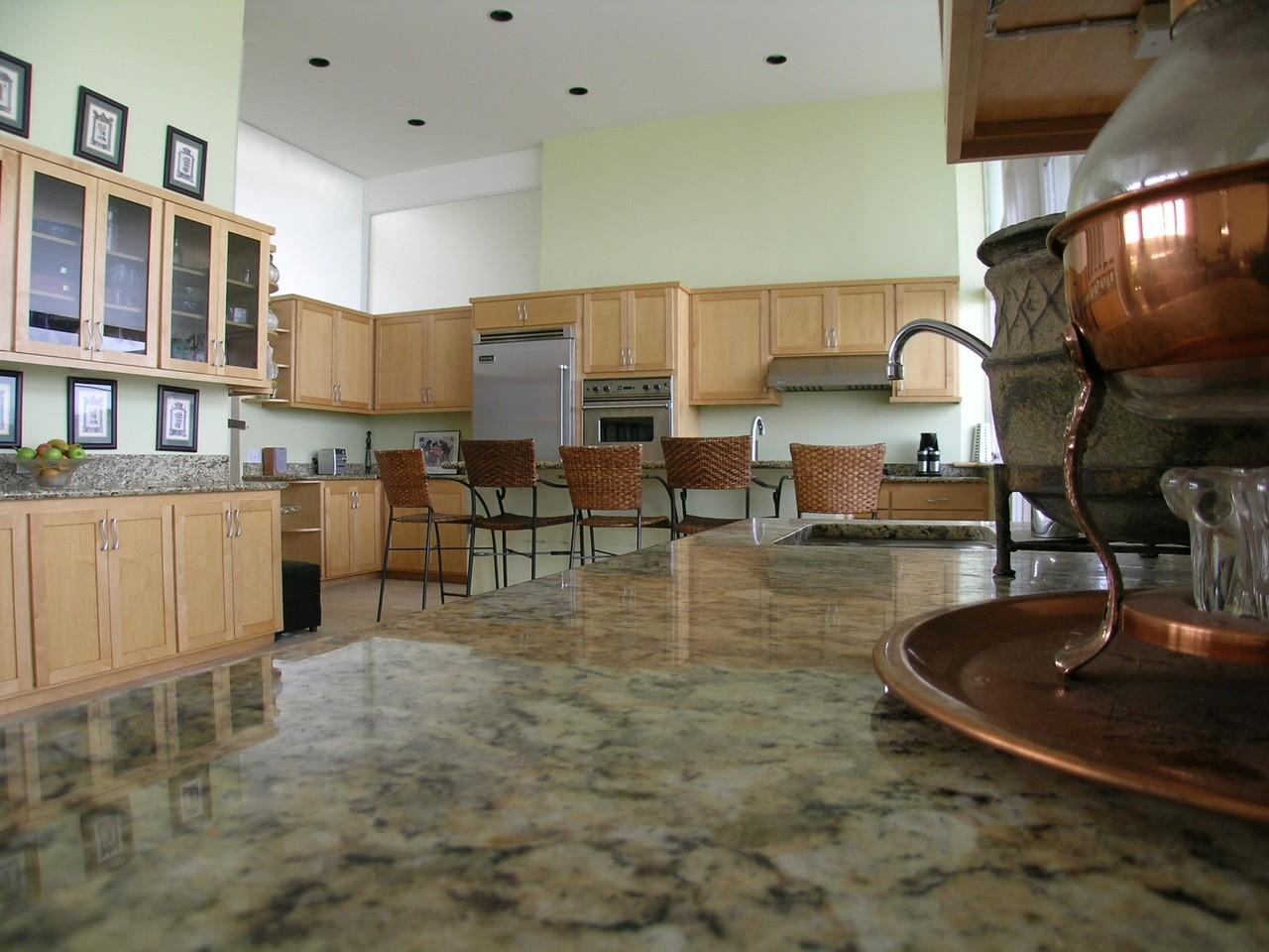 Jakie meble kupić do kuchni?
