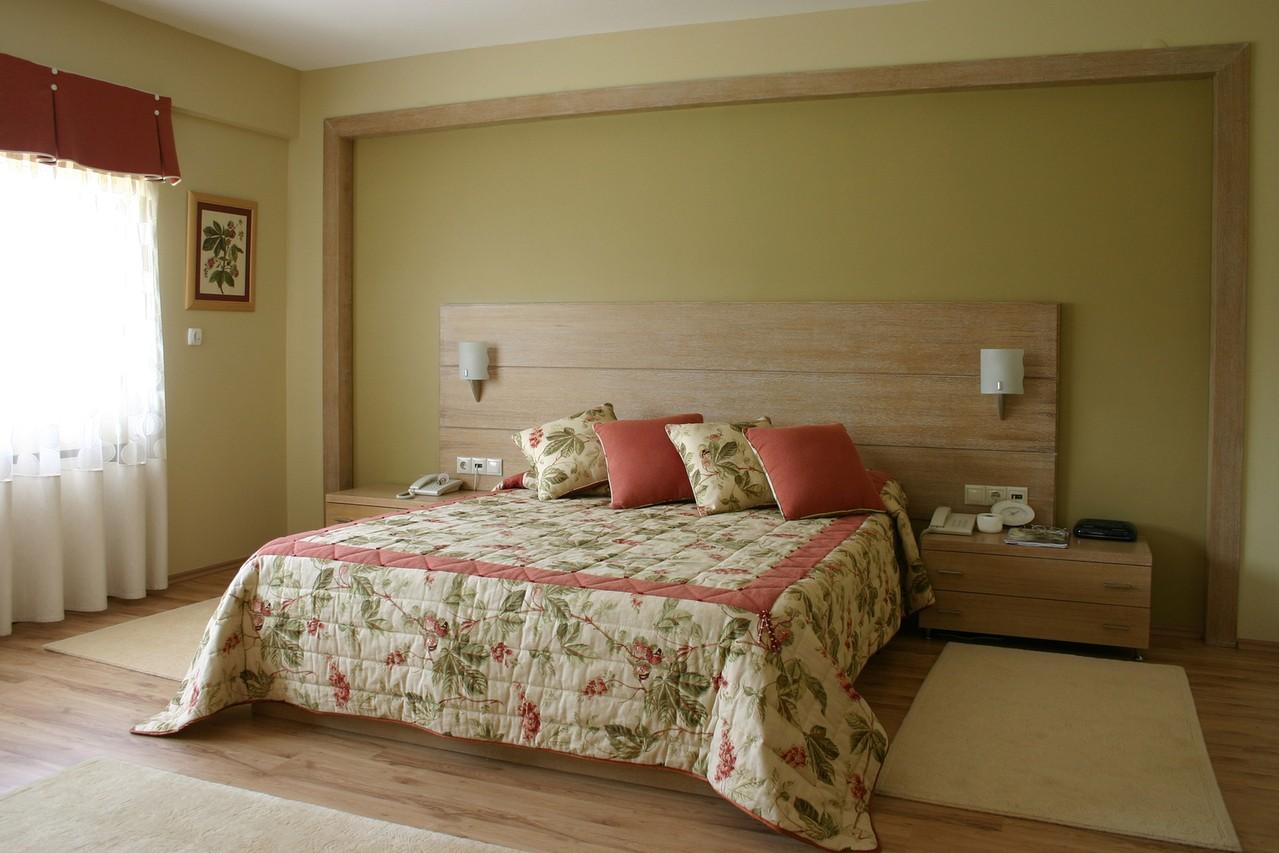 Ozdabiamy ściany w sypialni